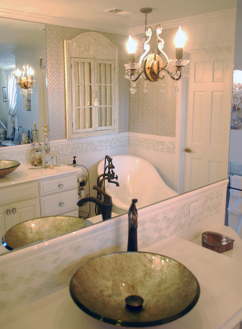 bath showing reflections for small area details traditional bathroom