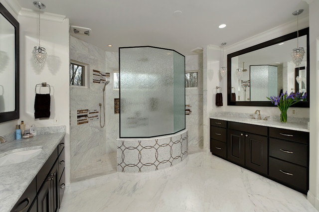 Master bath walk through shower separate vanities for Walk through shower plans