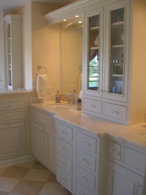 Master Bath with Millbrook Cabnitry traditional-bathroom