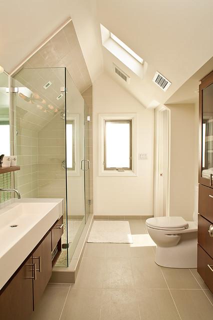Master bathroom for Long master bathroom designs
