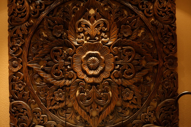 Master bathroom balinese wall carving