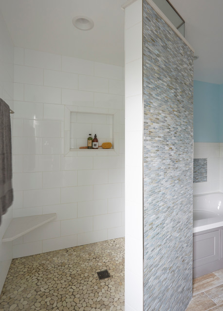 Master bathroom beach retreat in gurnee il beach style for Bath remodel gurnee