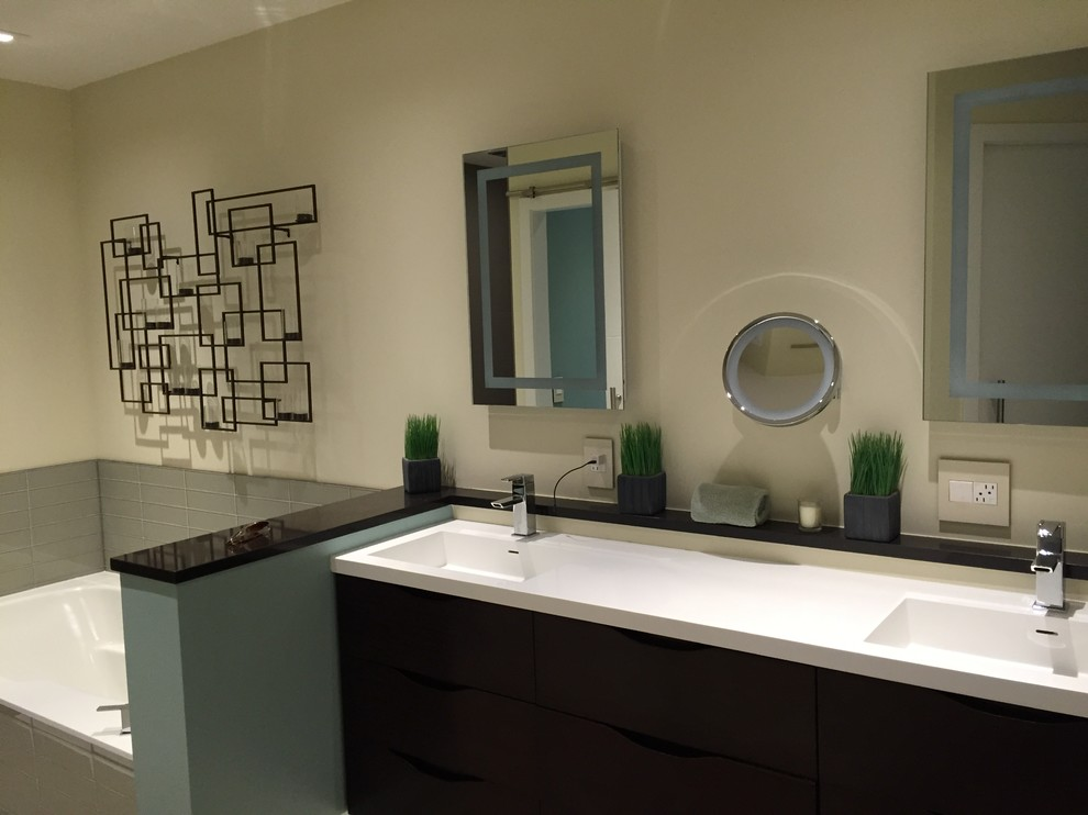 Master Bathroom - Buffalo Grove, IL