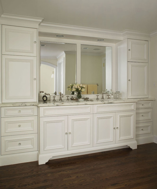 A Furniture Look For Your Bathroom Vanity, Bathroom Vanities That Look Like Furniture