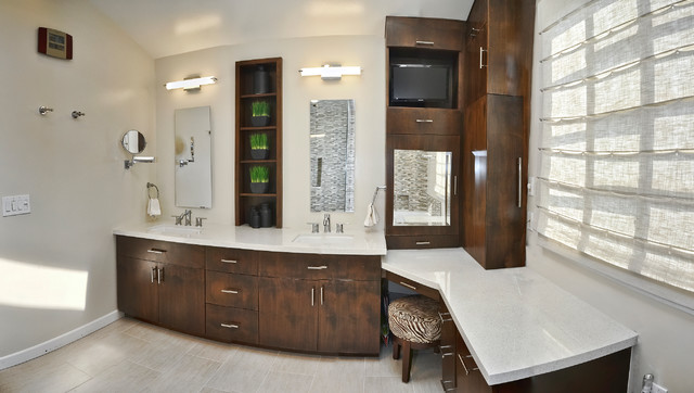 Modern Double Sink Bathroom Vanity Ideas: Master Bathroom Double Sinks And Make-up Vanity