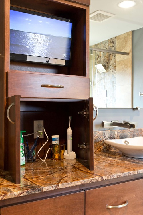 Bathroom features i would love to have becolorful for Bathroom light bar with electrical outlet
