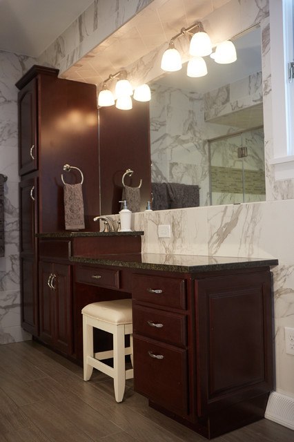 master bathroom remodel central ohio classique chic salle de bain columbus par fine. Black Bedroom Furniture Sets. Home Design Ideas