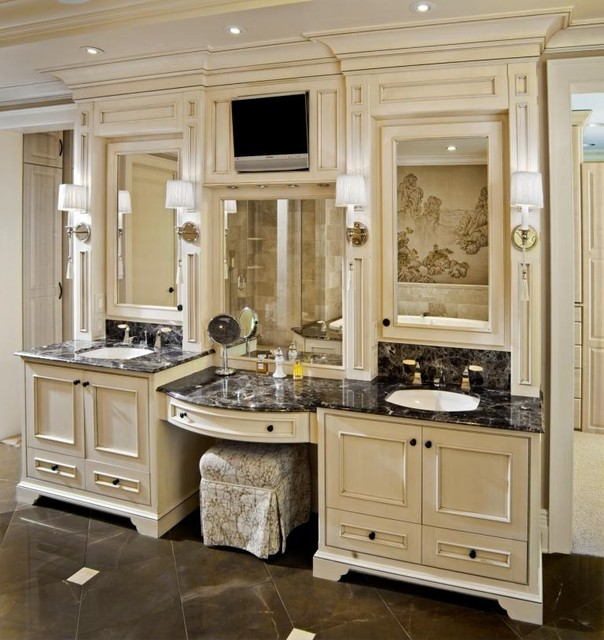 traditional master bathroom vanity
