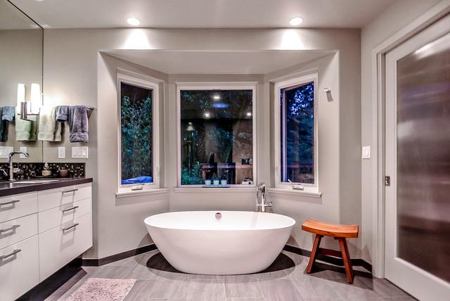 Master bathroom tub and bay windows contemporary for Bathroom designs with bay windows