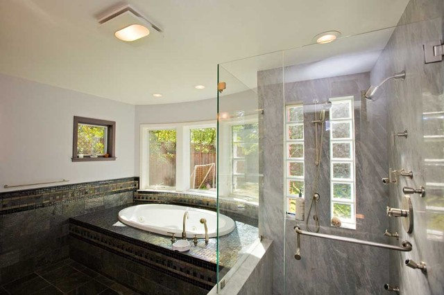 Master bathroom with black tile and granite for Master bathroom granite