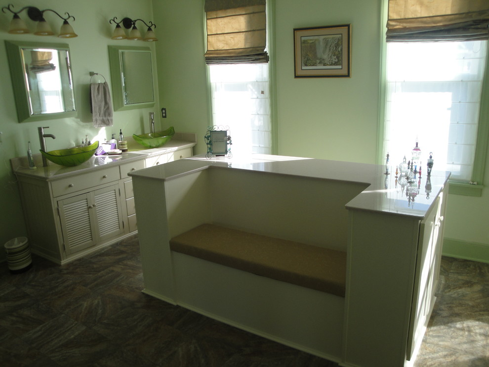 Inspiration for a timeless bathroom remodel in Wichita