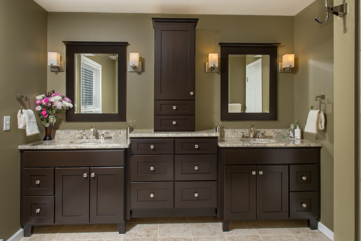 75 Beautiful Travertine Floor Bathroom With Green Walls Pictures Ideas February 2021 Houzz