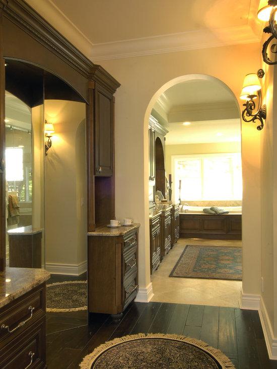3 way mirror bathroom design ideas pictures remodel decor for 3 way bathroom designs