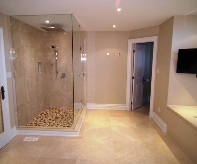 Master ensuite bathroom design glass shower water for Ensuite lighting ideas