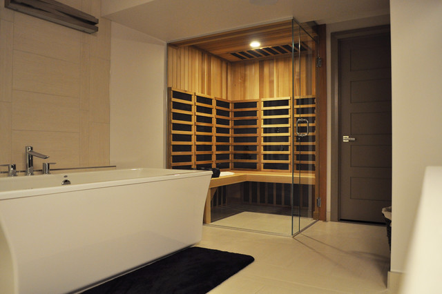 Master ensuite glass sauna modern bathroom vancouver for Master bathroom with sauna