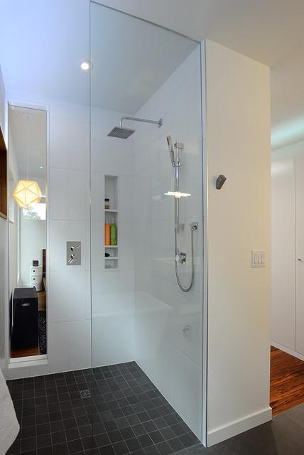 Master Ensuite Shower Modern Bathroom Toronto By