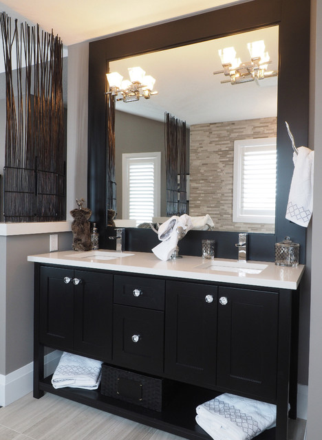 Cool From Pedestal Vanities To Hardwood Floors  It Also Has A Walkin Wardrobe And