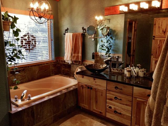 En Suite Bathrooms Rustic: Master Suite