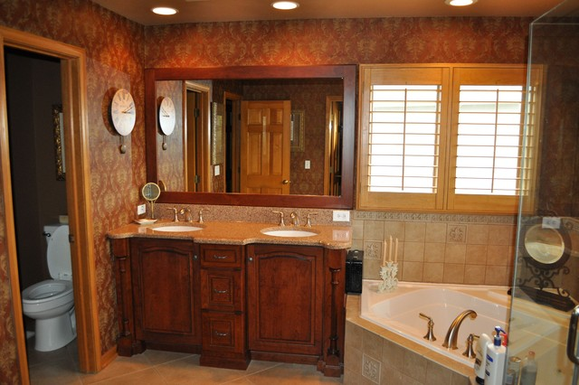 master suite traditional bathroom chicago by