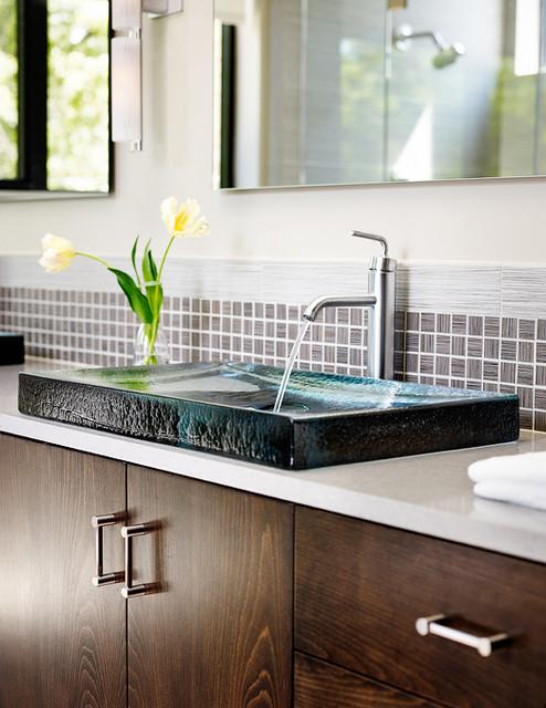 matthews master sink modern-bathroom