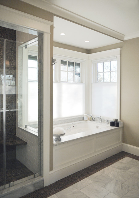 Maureen Residence craftsman-bathroom