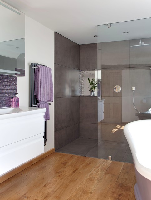 Mauve by design Mauve bathroom