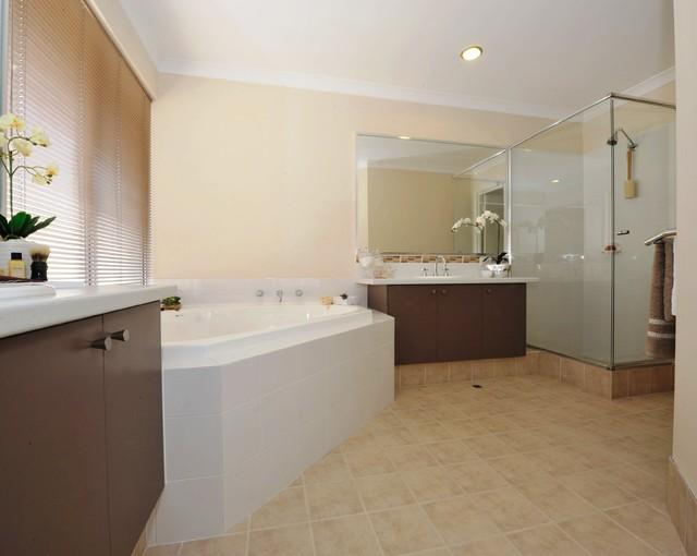 Maylands, Innaloo, Baldivis projects. contemporary-bathroom