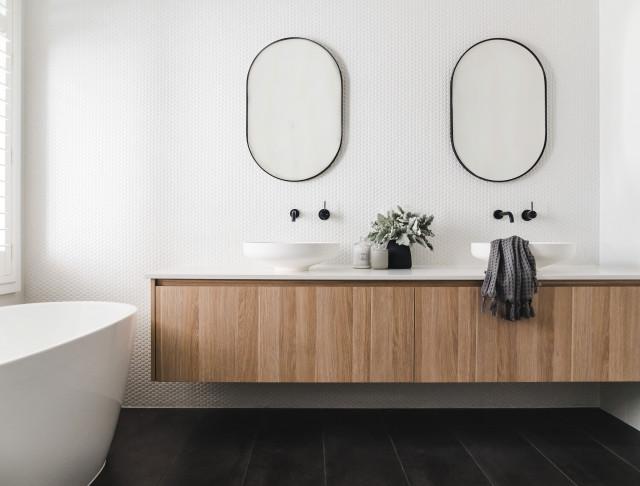 27 Stylish Mirrors Decorating Homes Around The World Houzz Au
