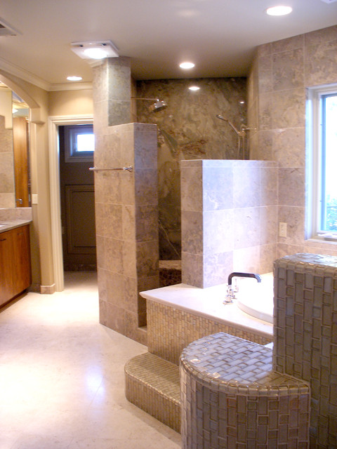 Thousands of master bedroom and bath ideas on pinterest for Mediterranean master bathroom ideas