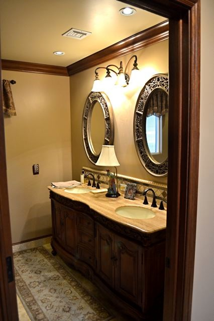 Mediterranean Villa bathroom