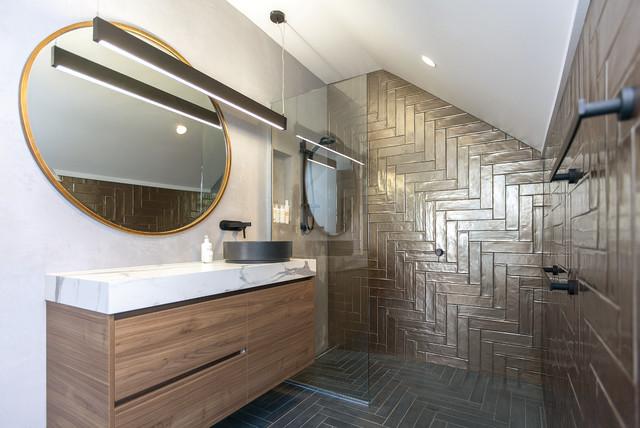 Bagni Con Doccia Centrale : Meet ava contemporaneo stanza da bagno central coast di