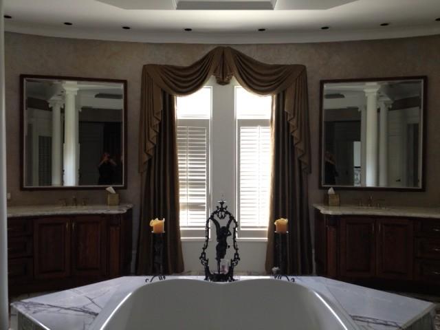Memorial Home traditional-bathroom