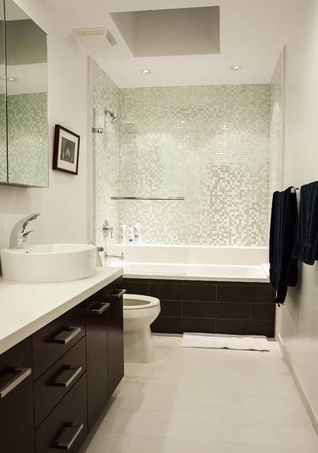 MENLO PARK TOWNHOUSE contemporary-bathroom