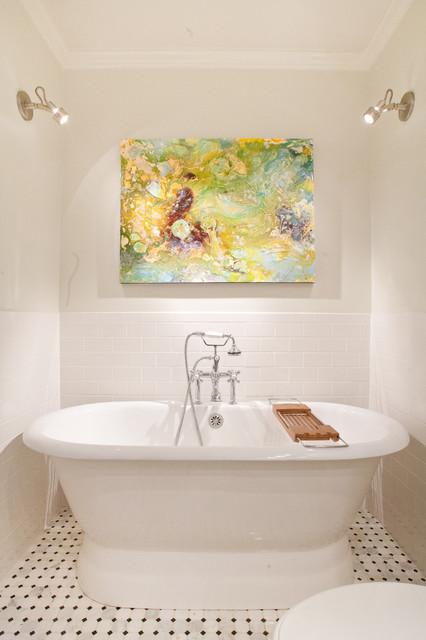 Mercedes modern-bathroom