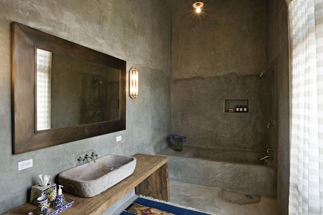 Mexico House mediterranean-bathroom