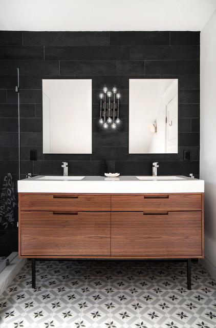 Mhouse Inc._Biggar Contemporary Bathroom