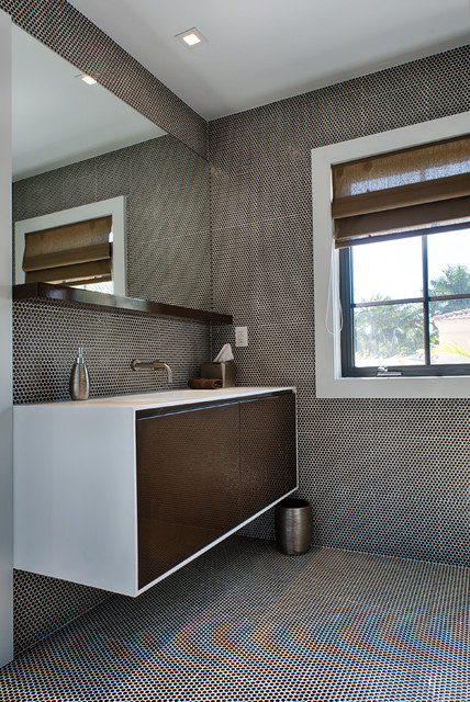 Miami beach florida jacobson residence contemporary for Bathroom design consultant