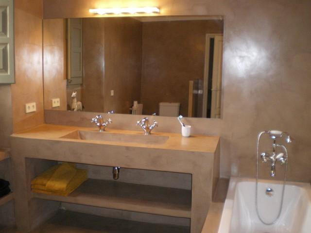 Micro screed interior bespoke concrete flooring systems for Decoracion con microcemento