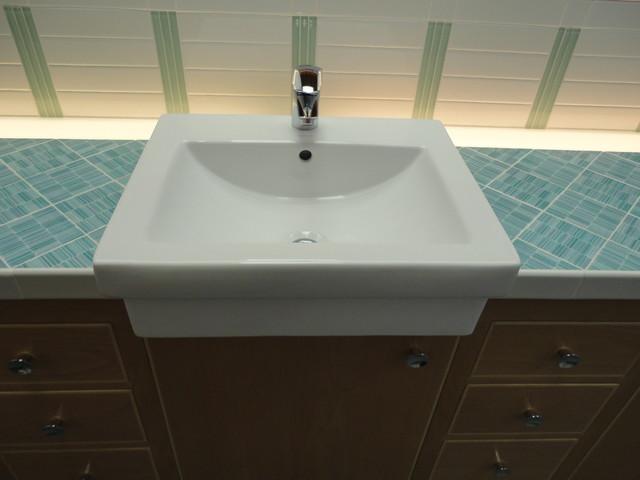 Mid Century Bath contemporary-bathroom