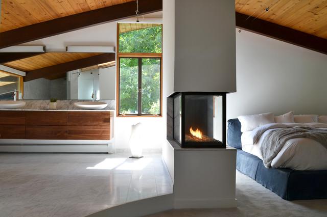 Mid Century Modern Deck House Master Suite Midcentury