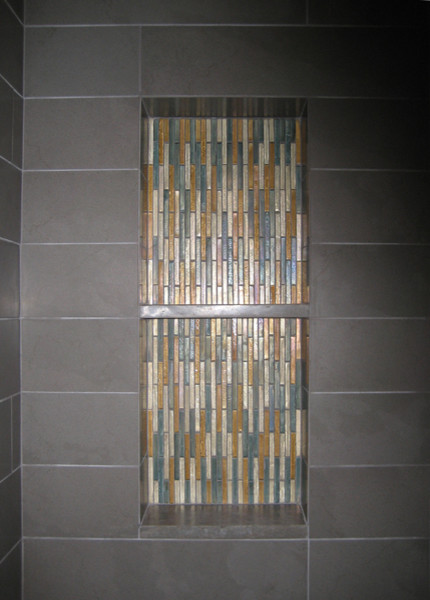 Mid Modern 1 contemporary-bathroom