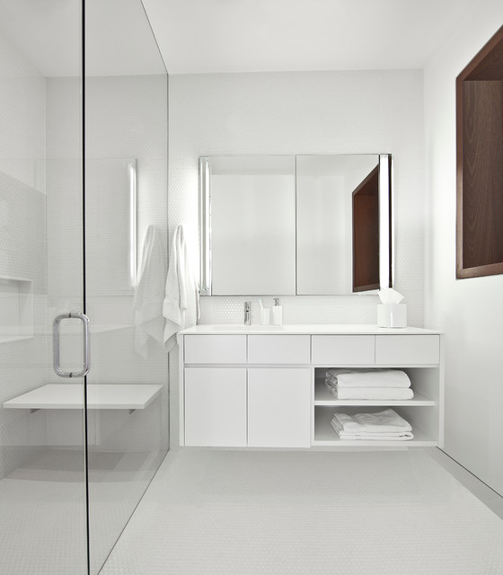 5 Solutions For Brightening Up A Windowless Bathroom
