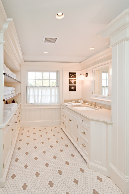 Millwork traditional bathroom