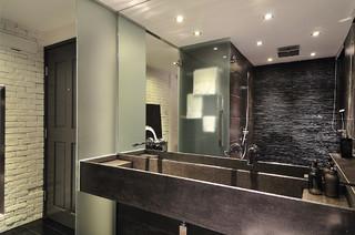 Minimal zen bathroom moderno stanza da bagno hong for Badkamer zen