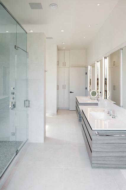 Minimalistic simplistic modern bathroom newark for Home automation shower