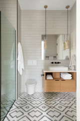 Practical Bathroom Design Ideas From Spring 2020's Top Photos