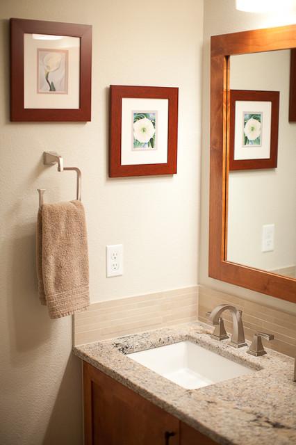 Glendevey bathroom