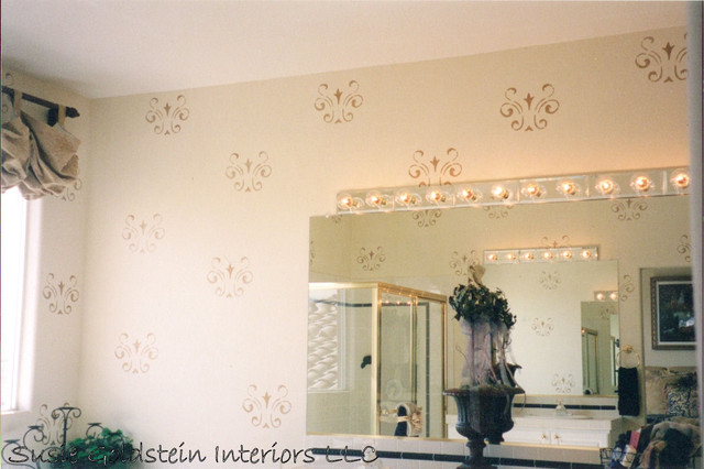 Model Home Faux amp Stenciled Wall Treatment : traditional bathroom from www.houzz.com size 640 x 426 jpeg 72kB
