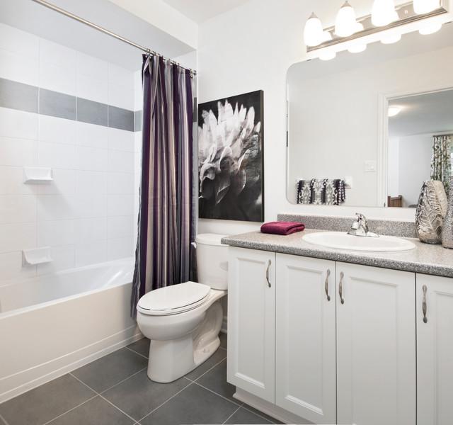 Model homes transitional bathroom ottawa by tartan for Bathroom designs ottawa