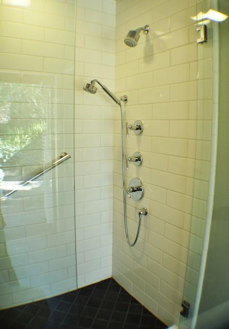 Remarkable Modern 50S Bathroom Remodel Traditional Bathroom Download Free Architecture Designs Jebrpmadebymaigaardcom